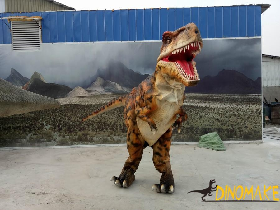 Animatronic Dinosaur Costume is a hot movie prop
