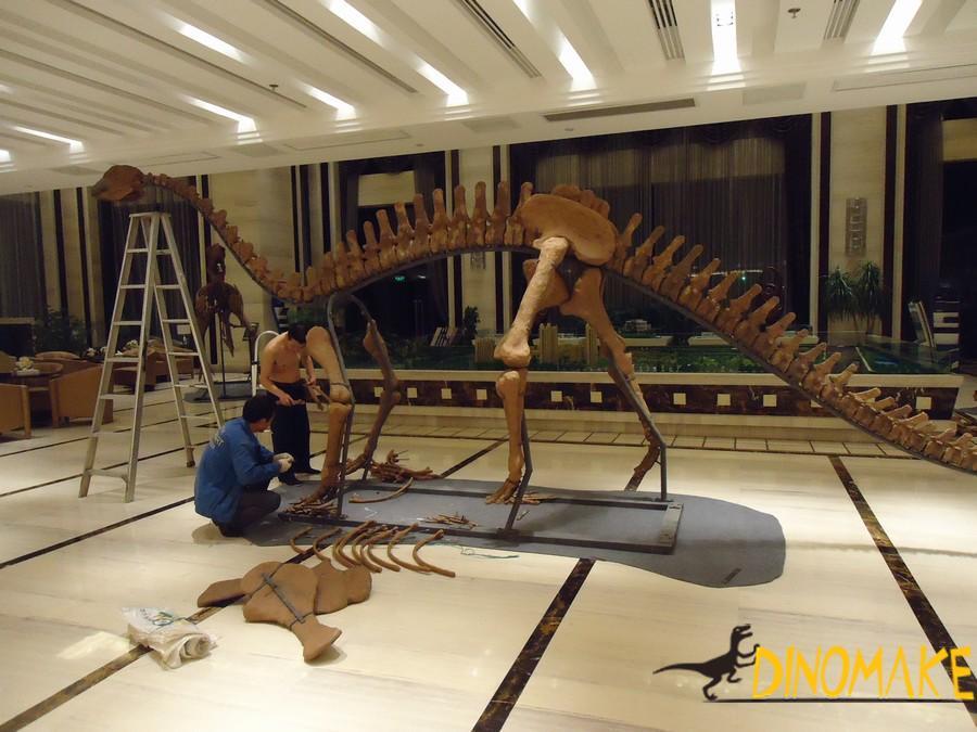 Animatronic Dinosaur Fossil Skeleton