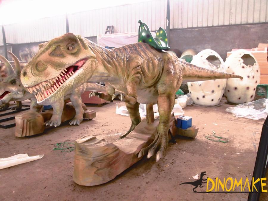 Animatronic Triceratops costumes walking in four legs