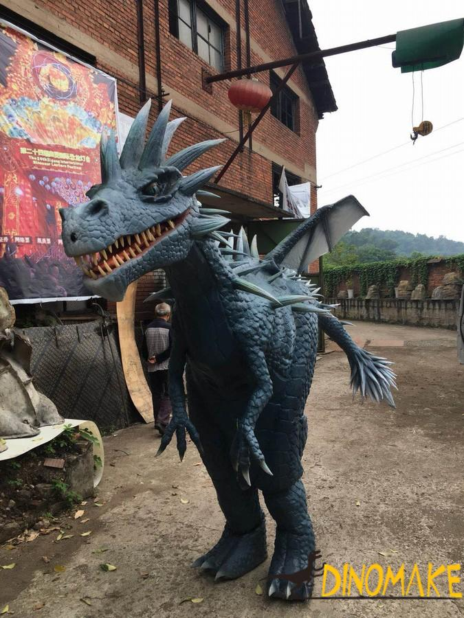Animatronic costumes walking with realistic western dragon suit