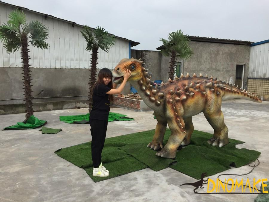 Dinosaur Manufacturer Jurassic Park is still alive with Animatronic dinosaurs