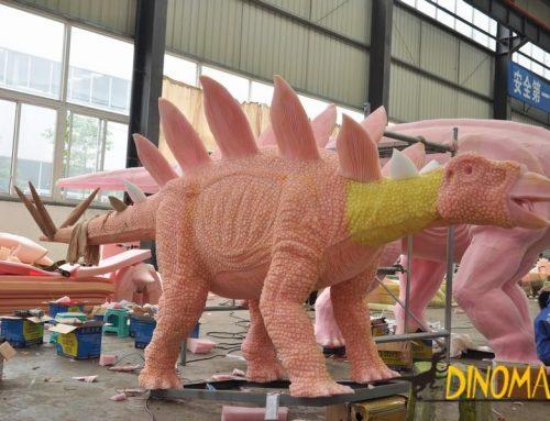 Exploring Jurassic-large Animatronic dinosaur