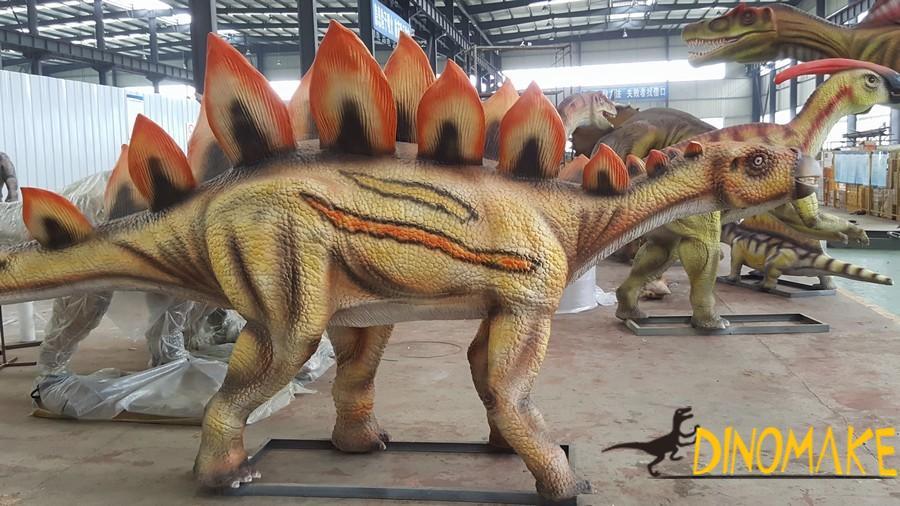 Exploring Jurassic-Animatronic dinosaurs