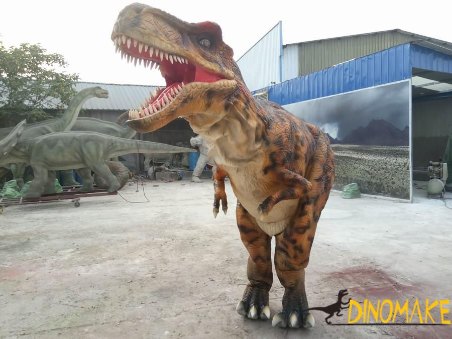 Factory produced a set of real dinosaur costume for sale