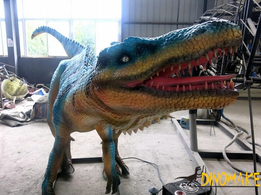 French customer orders Animatronic dinosaurs