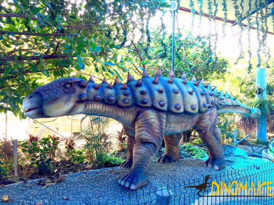 Large professional Animatronic dinosaur
