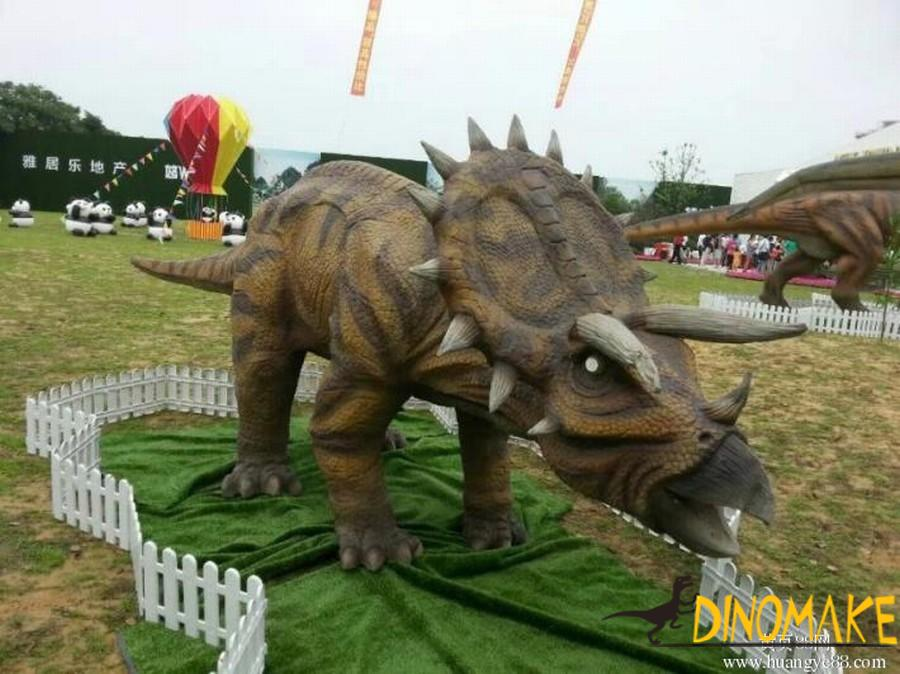 Large-scale Animatronic dinosaurs triceratops made by our factory