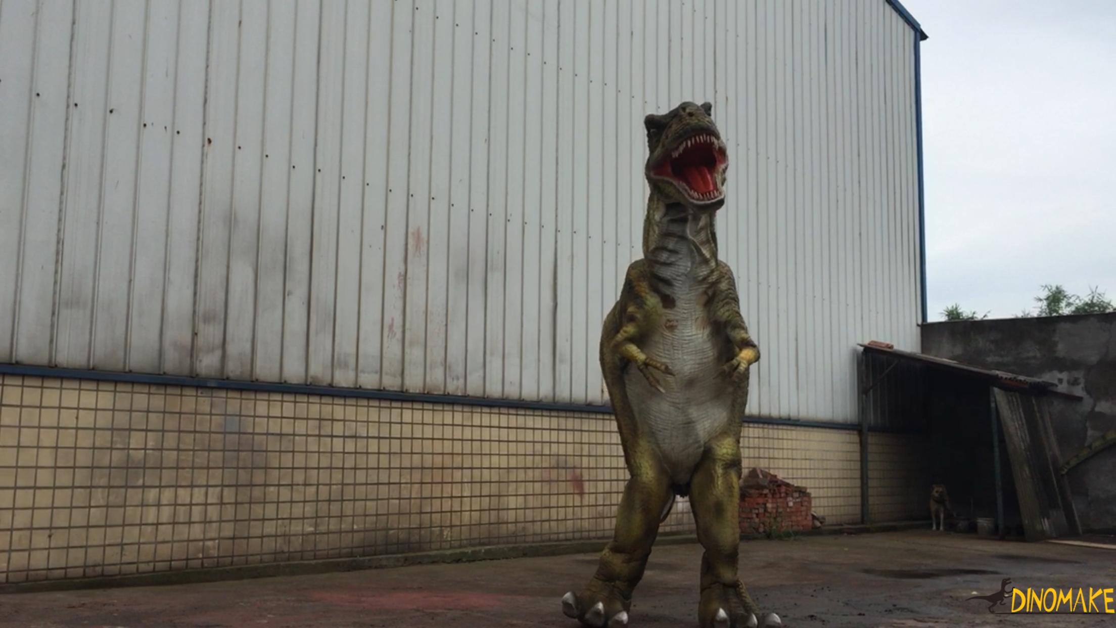 Outdoor equipment animatronic walking dinosaur costume model in legs