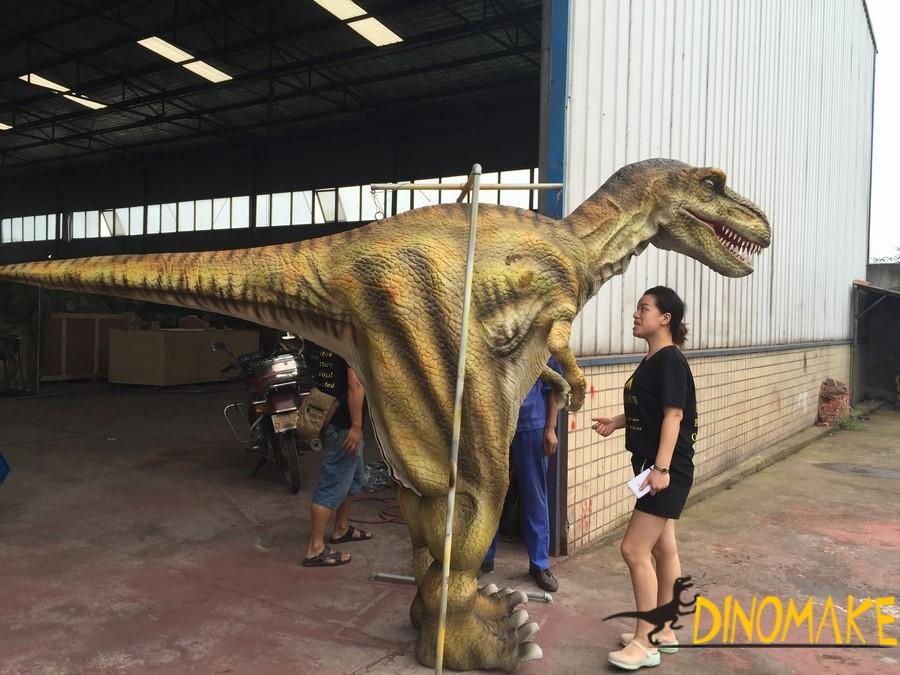 Outdoor equipment animatronic walking dinosaur costume model