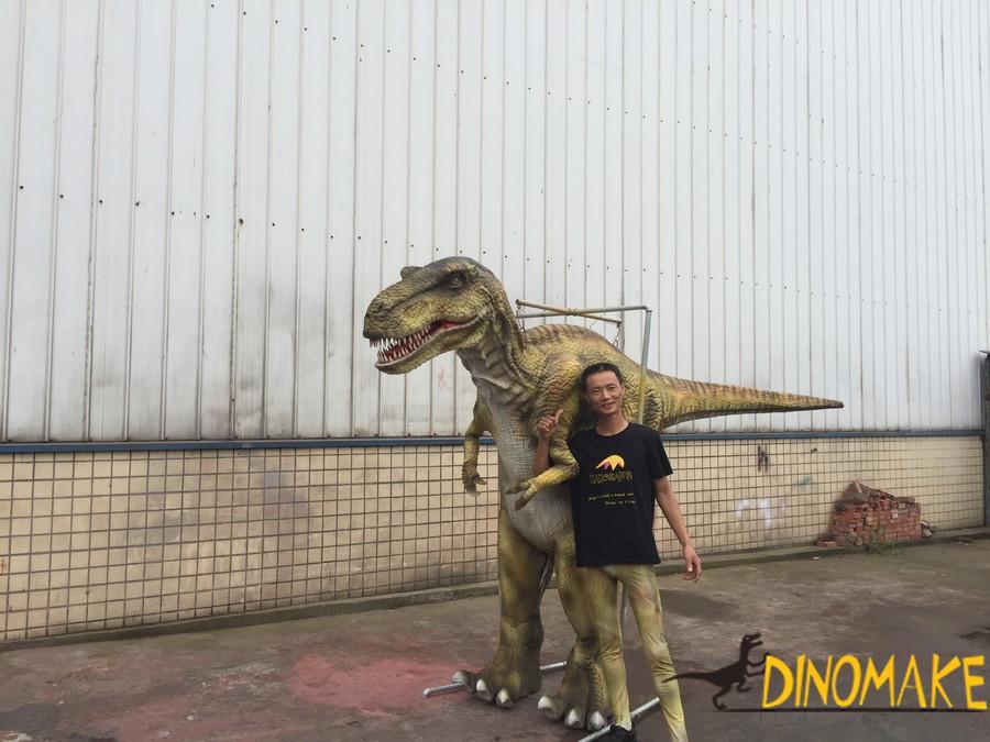 Outdoor equipment animatronic walking dinosaur costume models