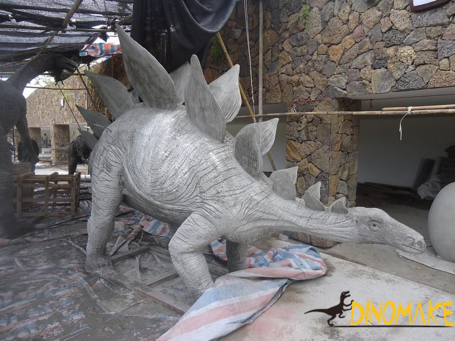 Real Animatronic Dinosaur models of the dinosaur factory