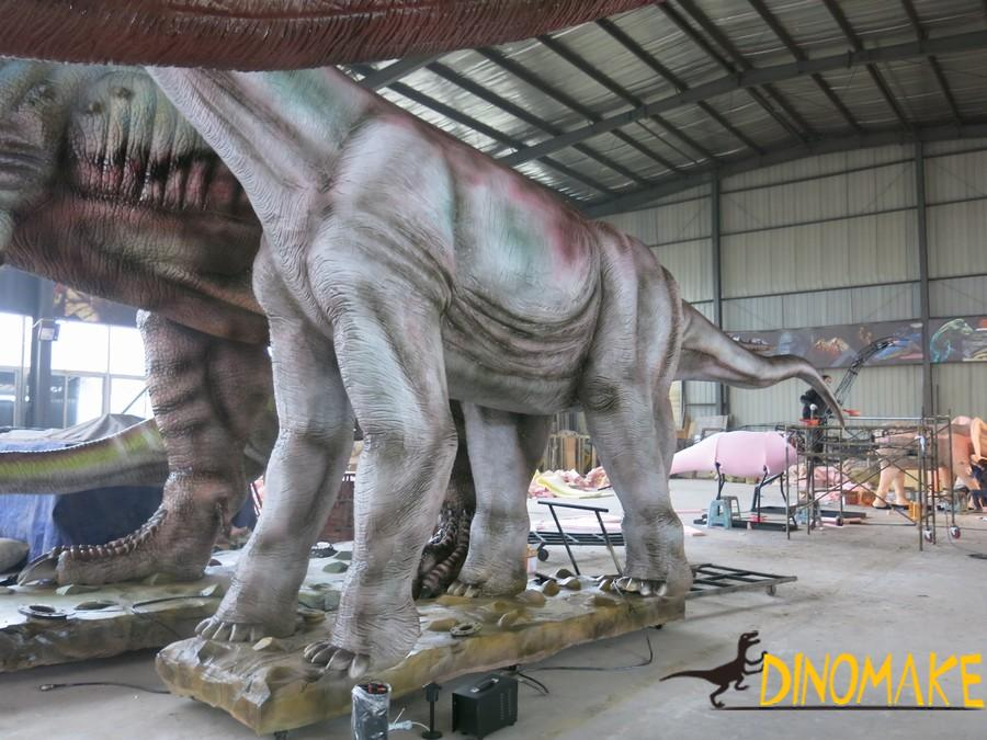 Real Animatronic dinosaur model with motion and sound