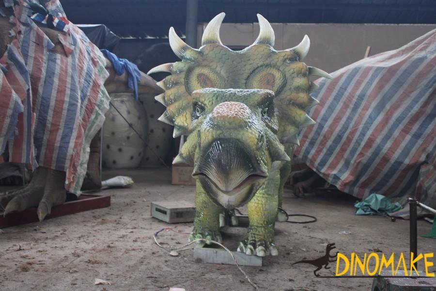Realistic animatronic dinosaur model
