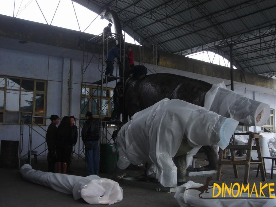 USA Client Finalize Animatronic Dinosaur Products Order