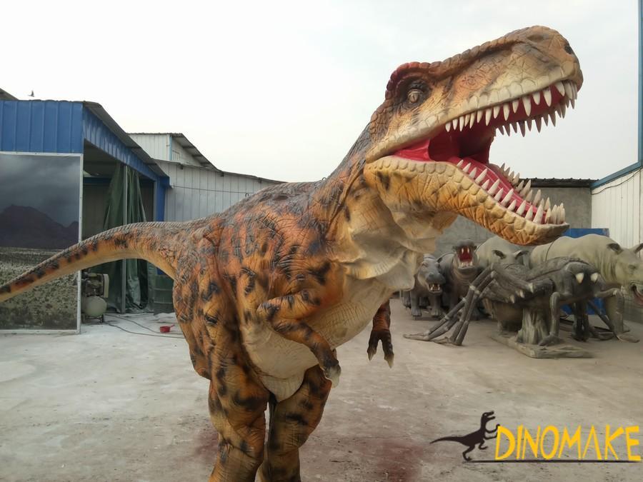 Walking dinosaur costume in children's amusement park