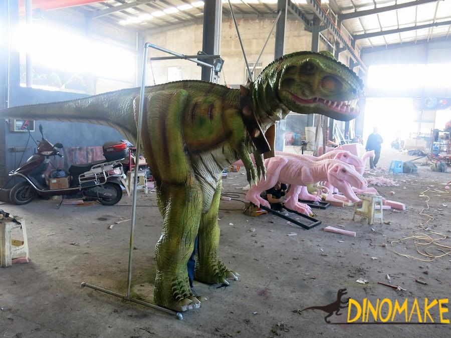 Walking dinosaur costume of Jurassic