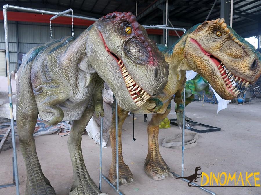 Walking dinosaur of realistic T-rex costume