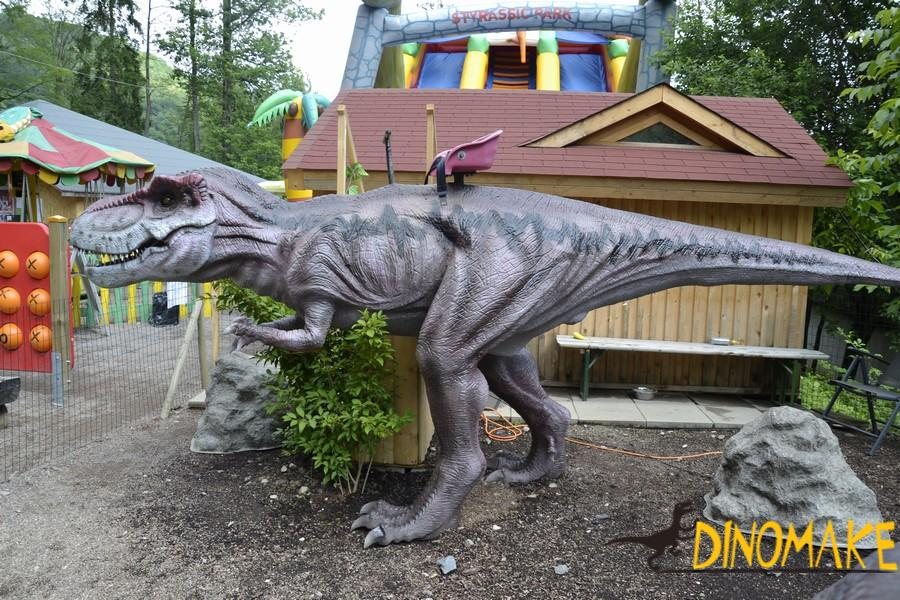 animatronic dinosaur rides of children