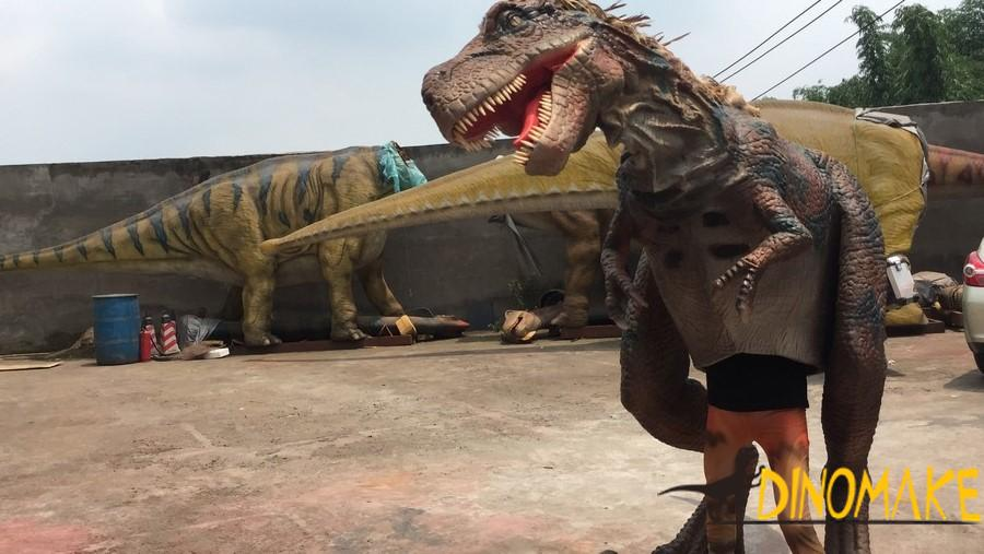 walking Animatronic Dinosaur costume realistic suits operated by one adults
