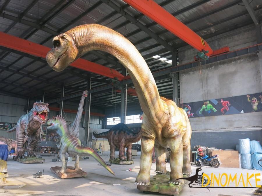 Animatronic dinosaur of the Gojirasaurus