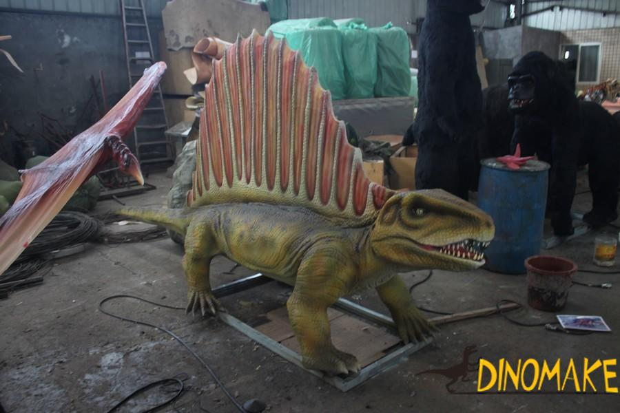 Animatronic dinosaur product for sale and transportation considerations