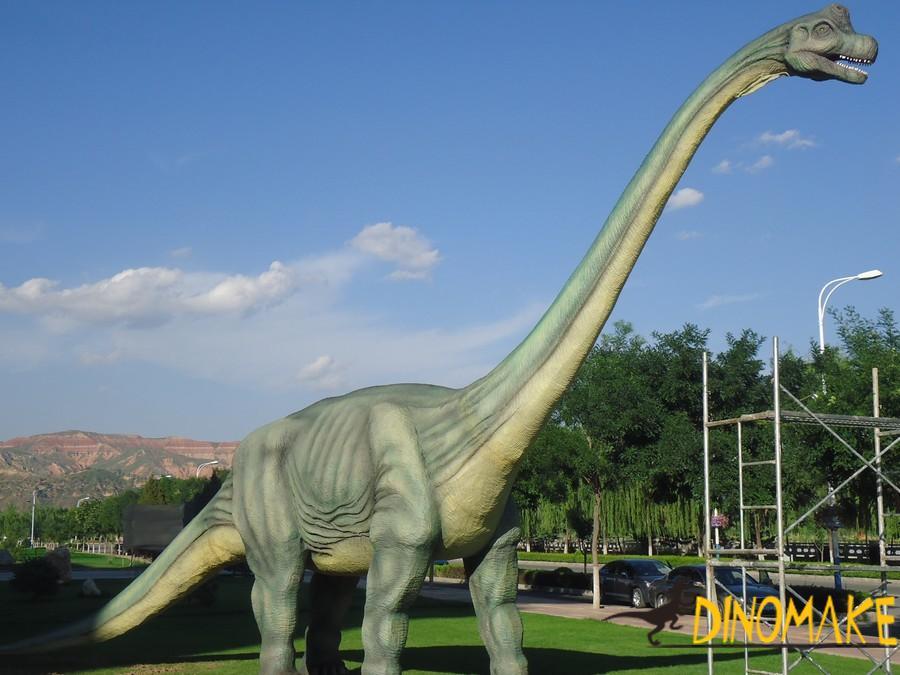 Animatronic dinosaur product of Brachiosaurus