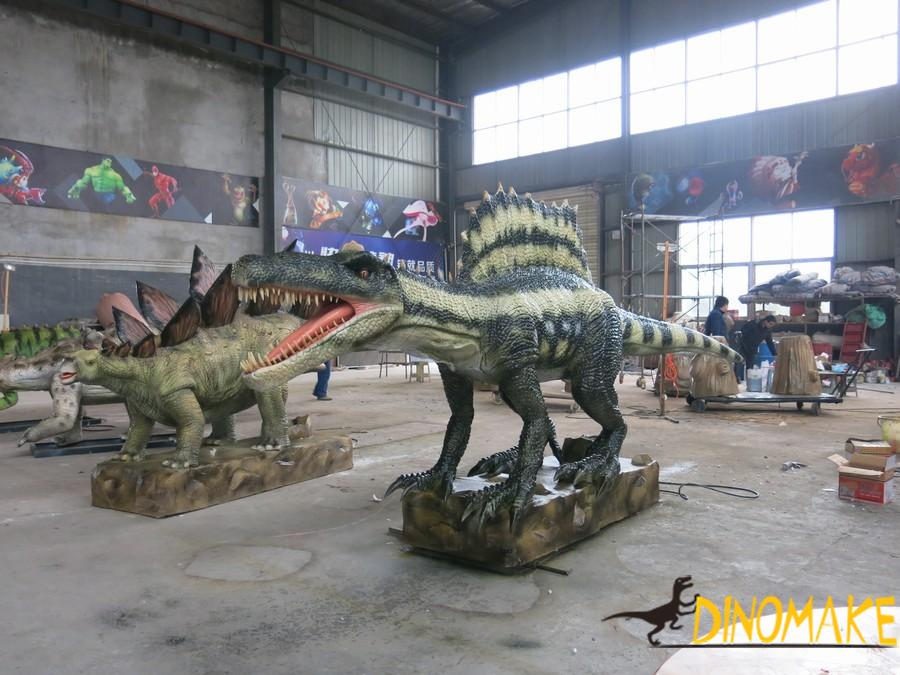 Animatronic dinosaur production process and material supply