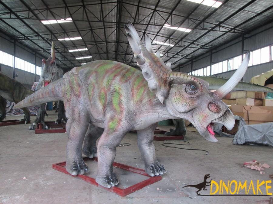 Animatronic dinosaur theme park
