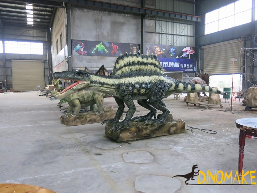 Animatronic of dinosaurs production process and material supply
