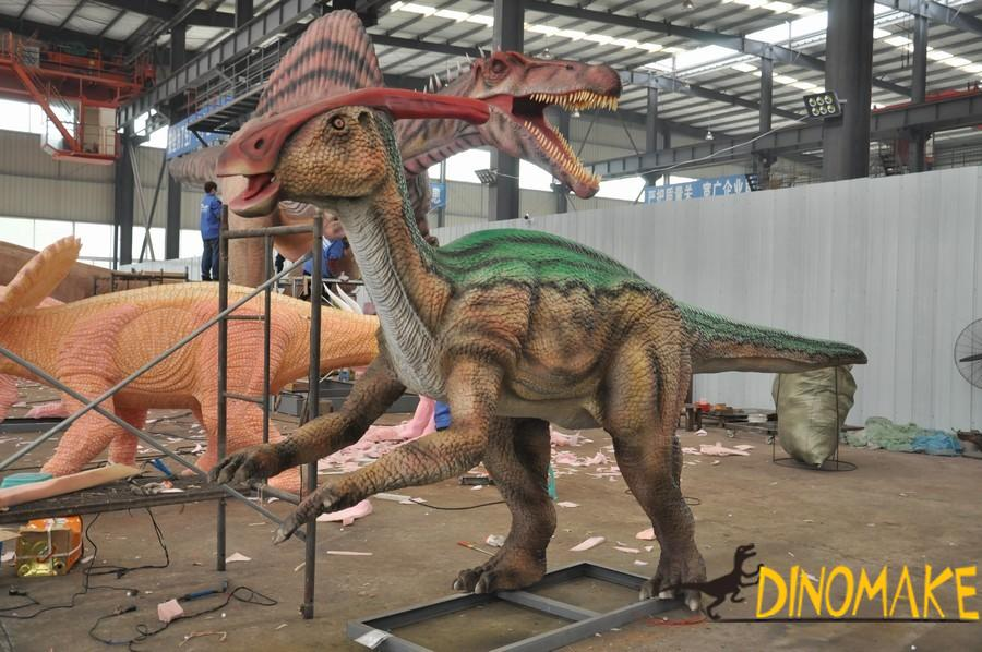Big guy in animatronic dinosaur product-Thunder Dragon