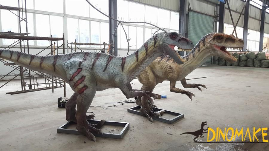 Continuous Animatronic of dinosaur production