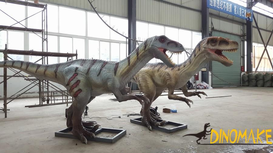Continuous Animatronic of dinosaurs production