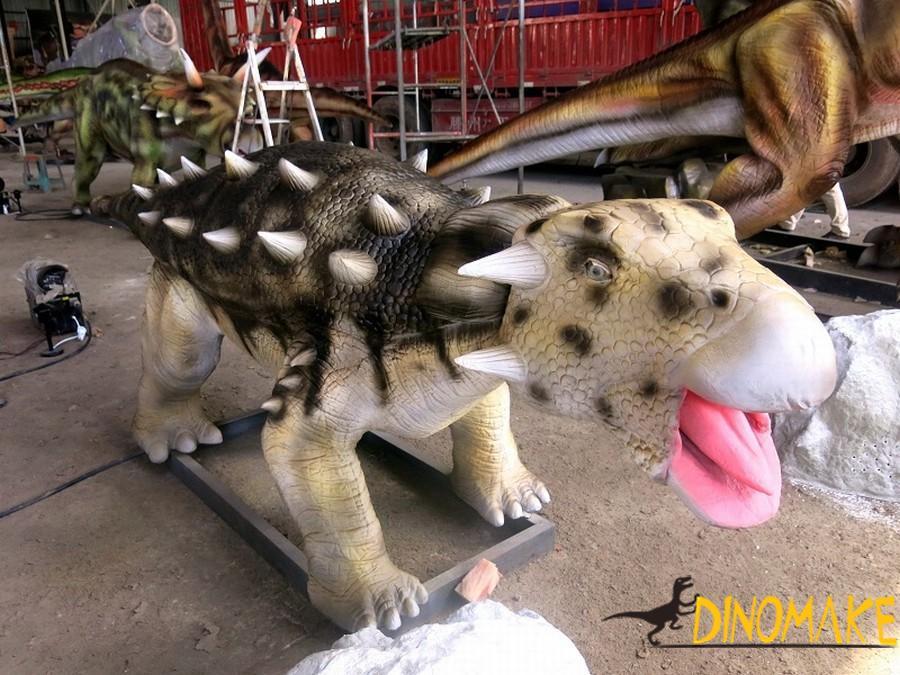 Dragons of animatronic Dinosaur