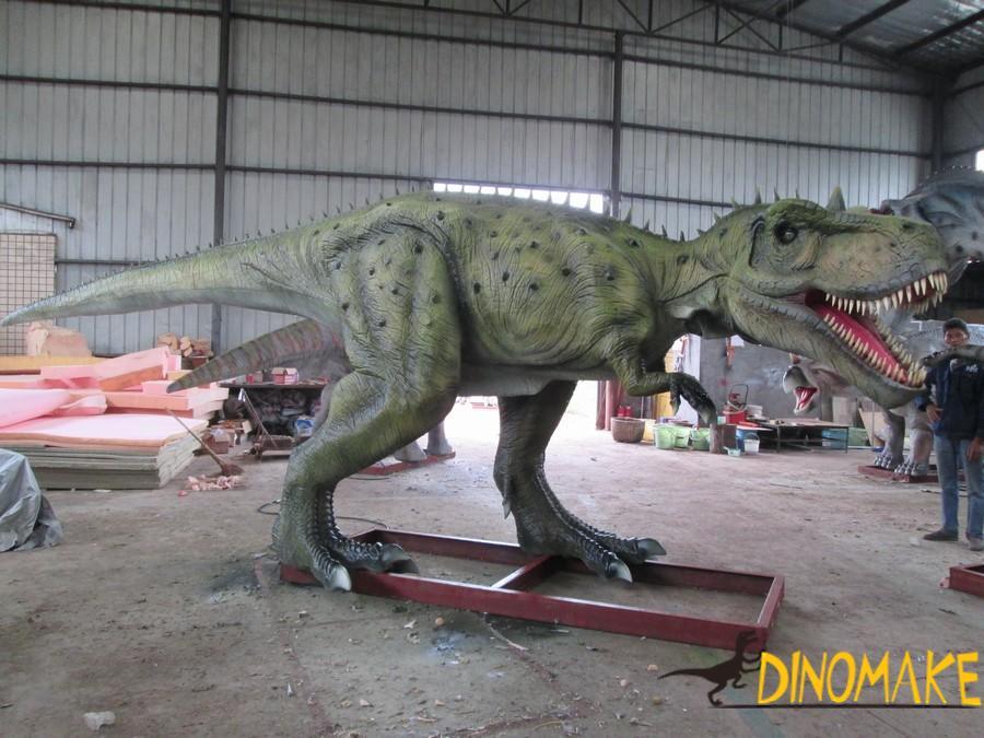 Image characteristics of animatronic dinosaur product
