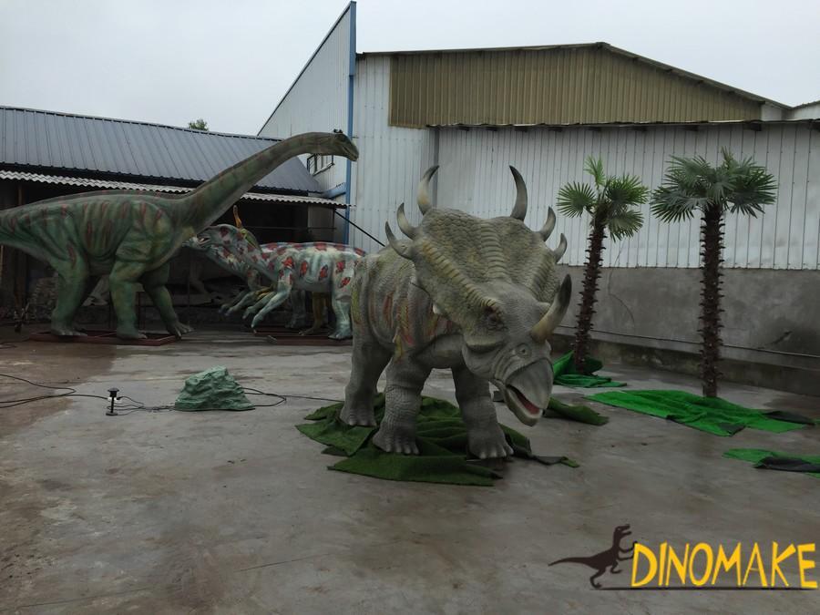 Introduction of Animatronic dinosaur model