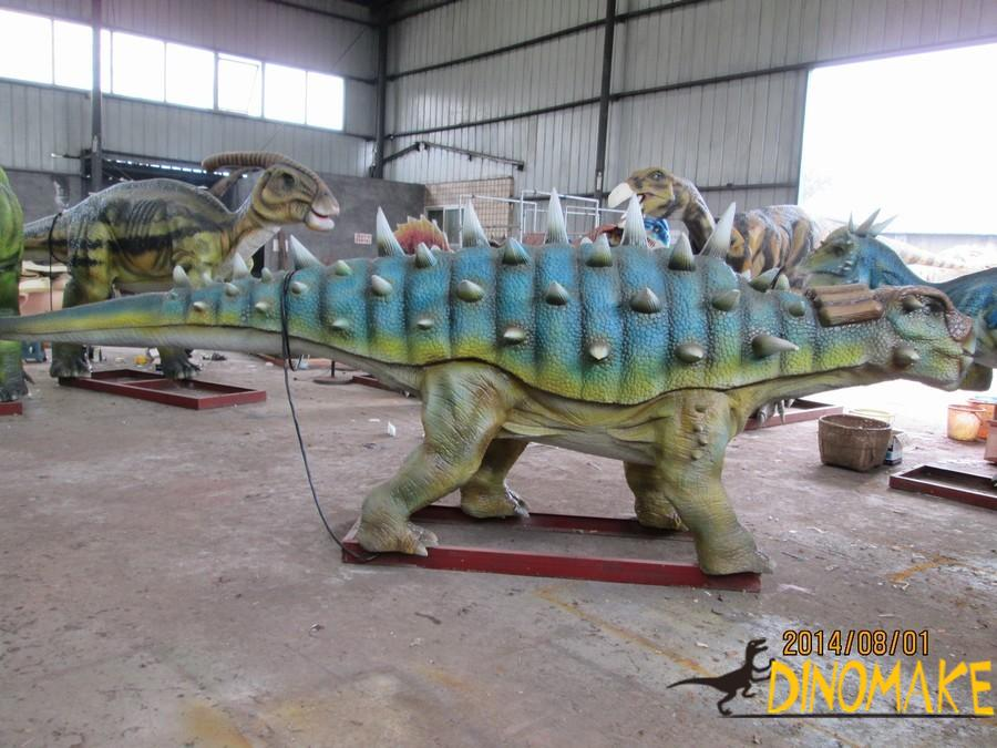 Large dinosaur exhibition ends successfully