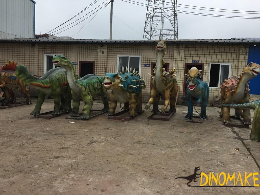 Rare dinosaurs in the animatronic dinosaur exhibition