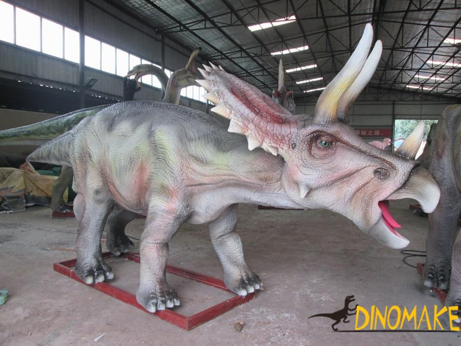 The largest animatronic dinosaur park product