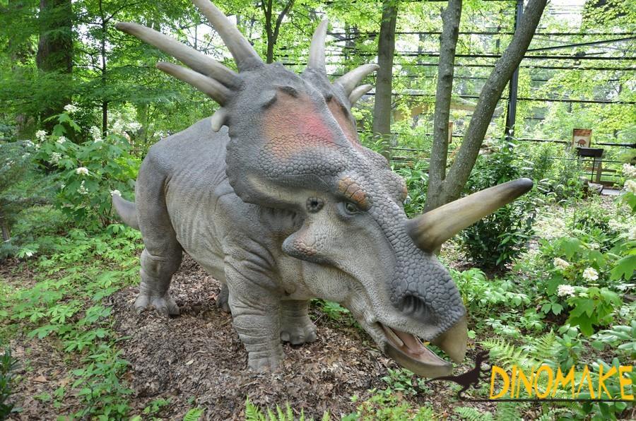 The largest animatronic dinosaur