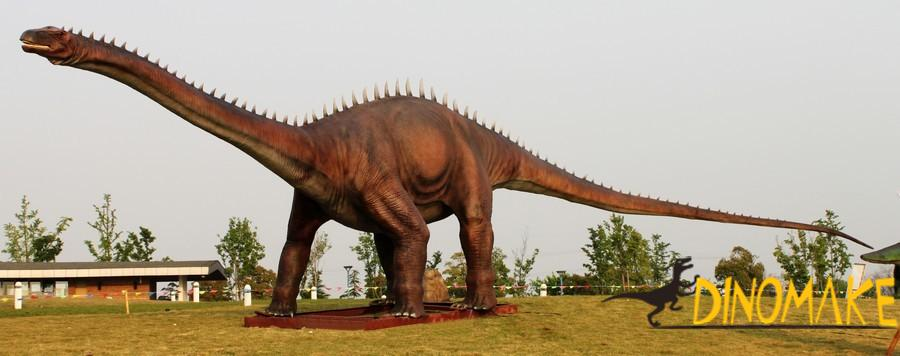 The longest diplodocus Animatronic dinosaur product in Japan