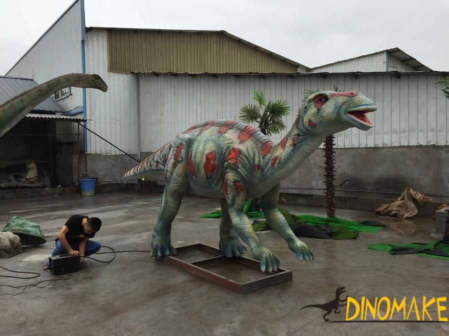 The love dinosaur in the Animatronic dinosaur product-the Maiasaura
