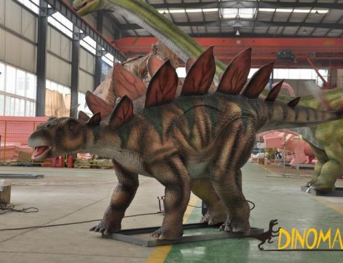 The use of animatronic dinosaurs and the advantages of exhibitions