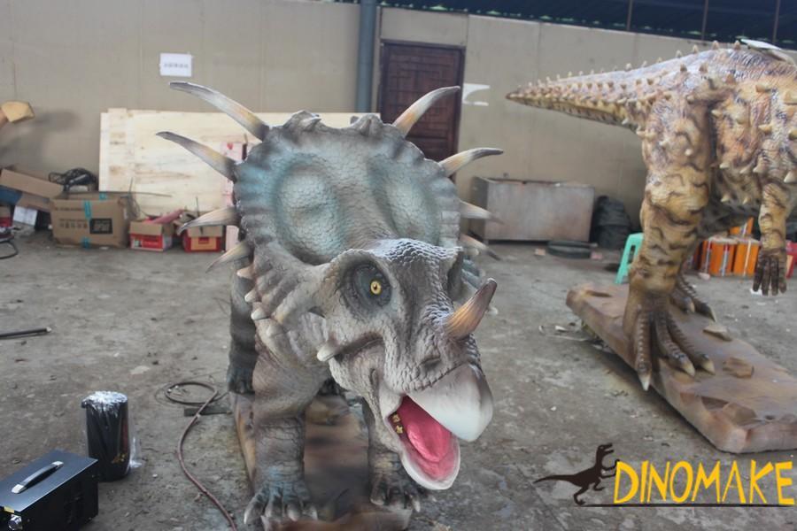 Witness Jurassic Animatronic Dinosaur Product