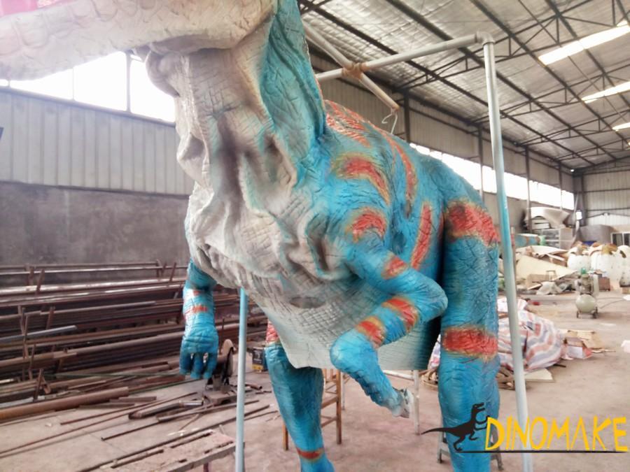 A Animatronic Dinosaur Costumes Sent To Italy