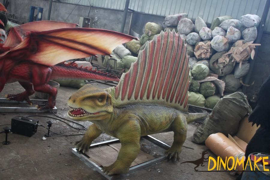 Animatronic Dinosaurs Make
