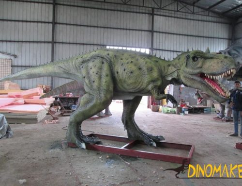 Horned Dinosaur Diplodocus