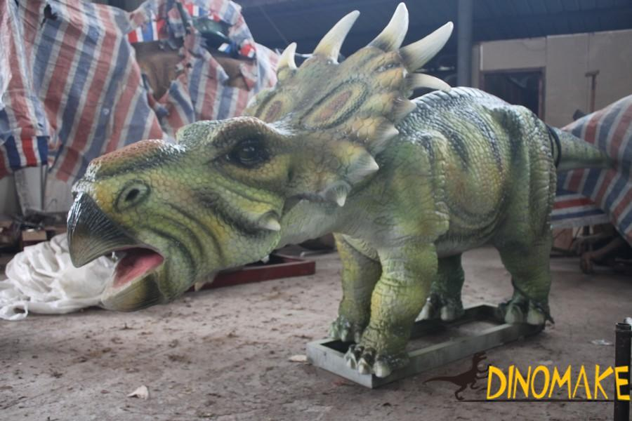 How to do a animatronic dinosaur exhibition