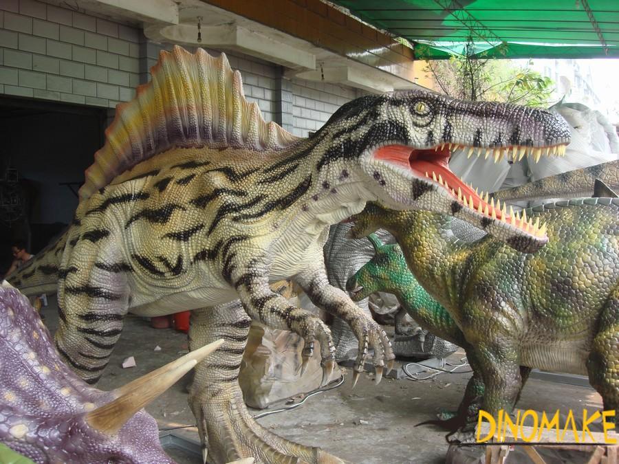 The golden age of the animatronic dinosaur exhibition