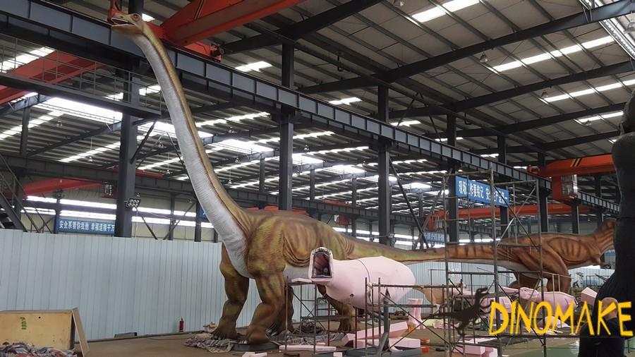 Where is a animatronic dinosaur