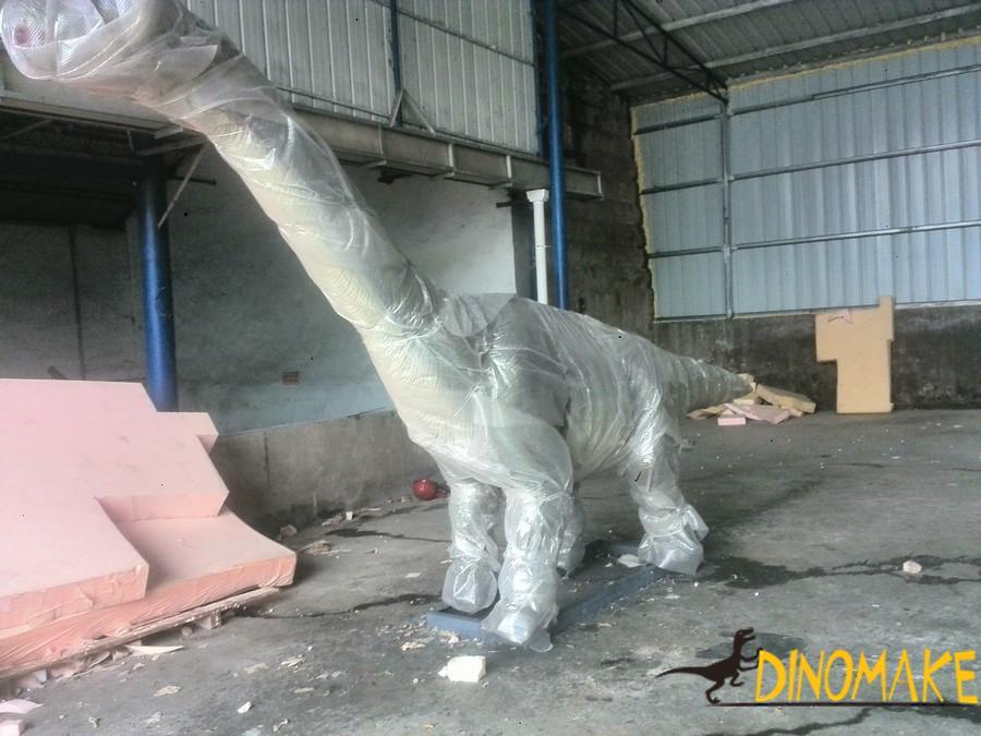 animatronic of dinosaur interior materials